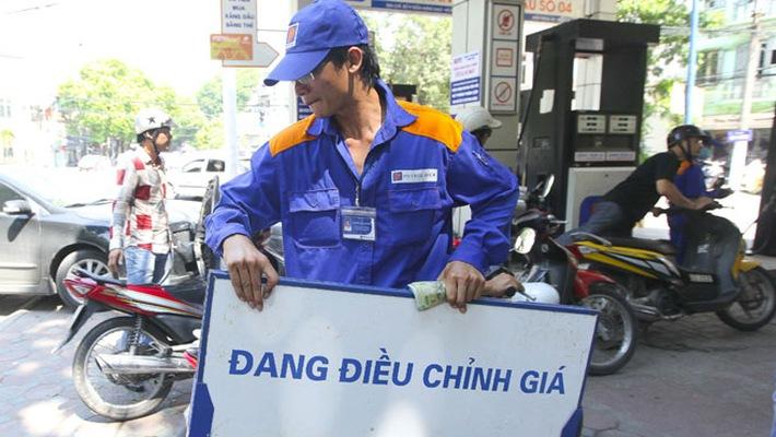 Xăng dầu giảm giá