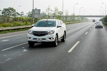 Mazda BT-50 khuyến mãi