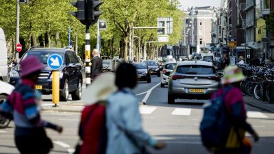 Amsterdam cấm xe