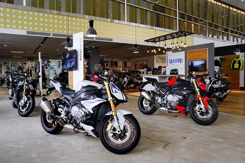 showroom BMW Sala