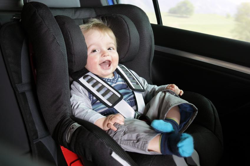 Quên trẻ trong xe