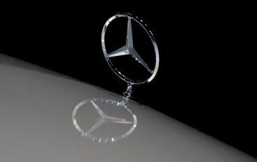Thiết bị theo dõi Mercedes
