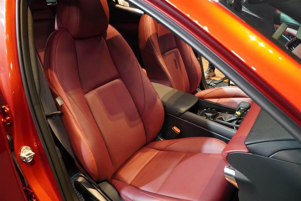 Ra mắt Mazda3 2019