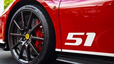 Ferrari đóng cửa nhà máy