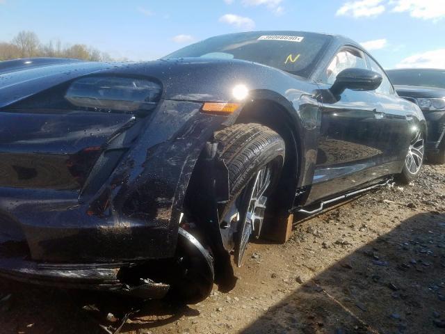 Porsche Taycan Turbo tai nạn