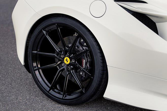 Novitec-Ferrari-F8-Tributo