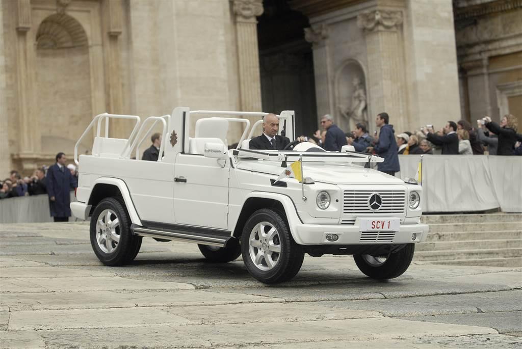 Xe chở Giáo hoàng