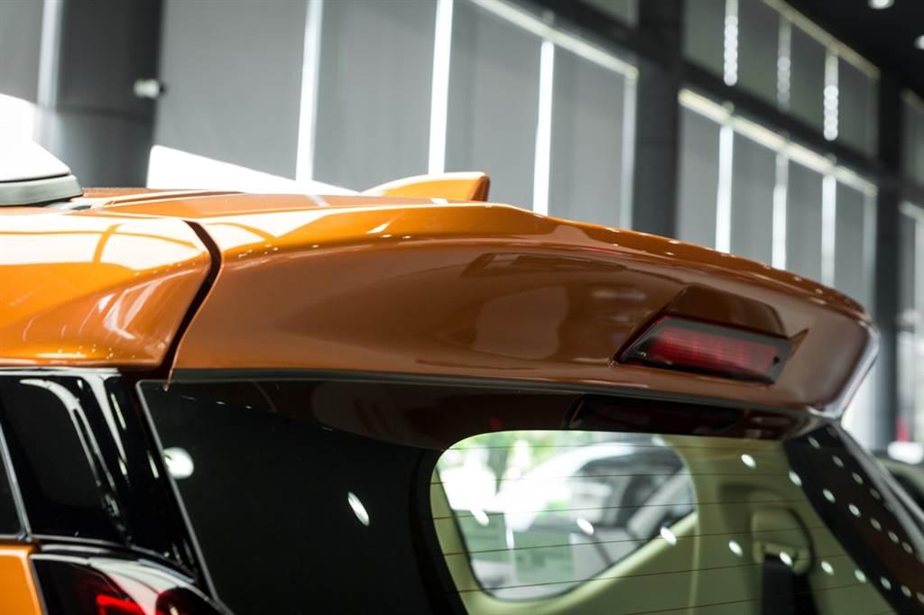 Ra mắt Mitsubishi-Xpander-Cross