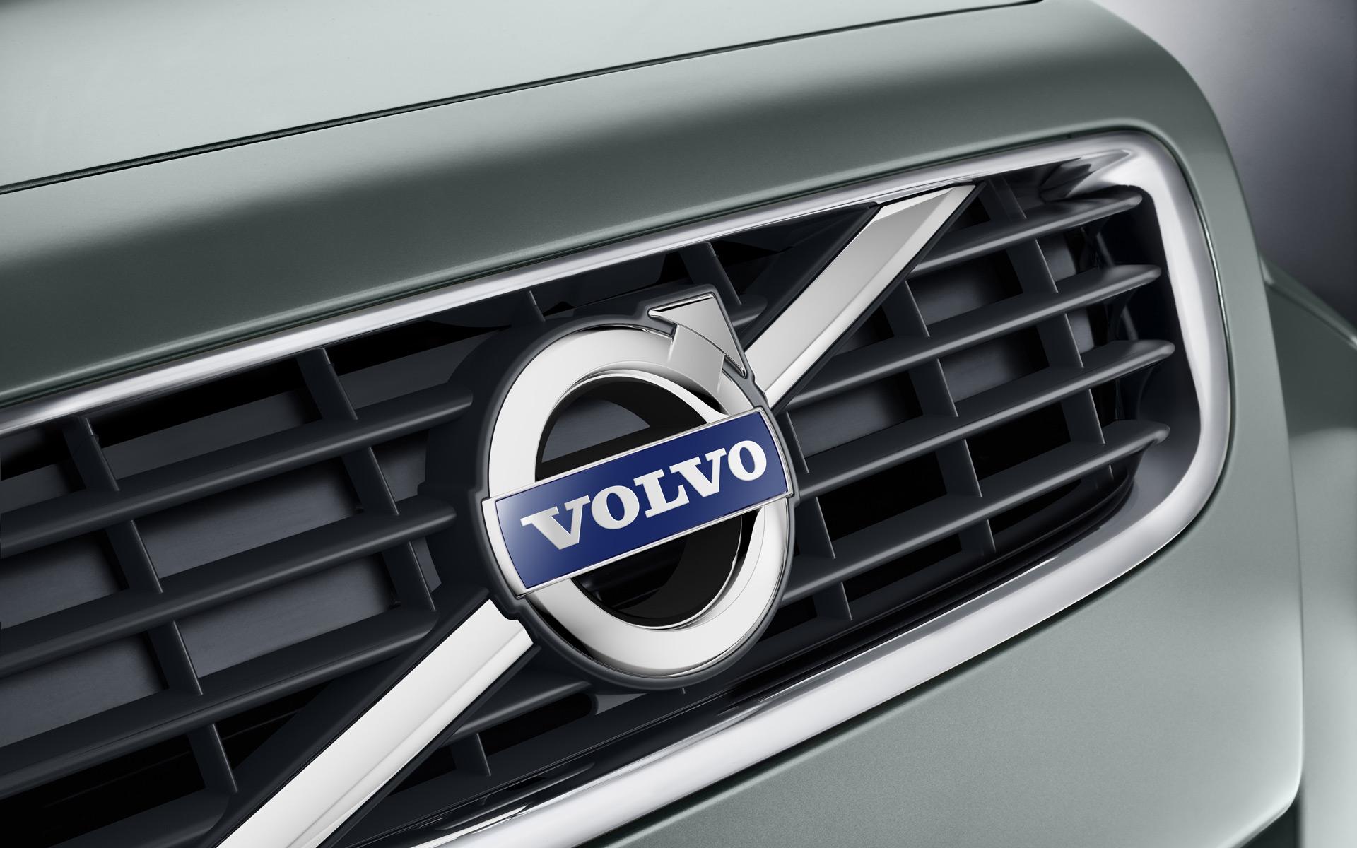 Volvo triệu hồi lỗi seat belts