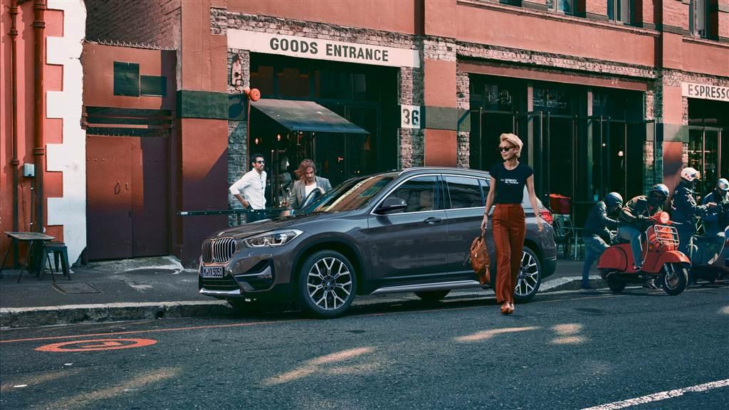 Bảng giá mới xe BMW