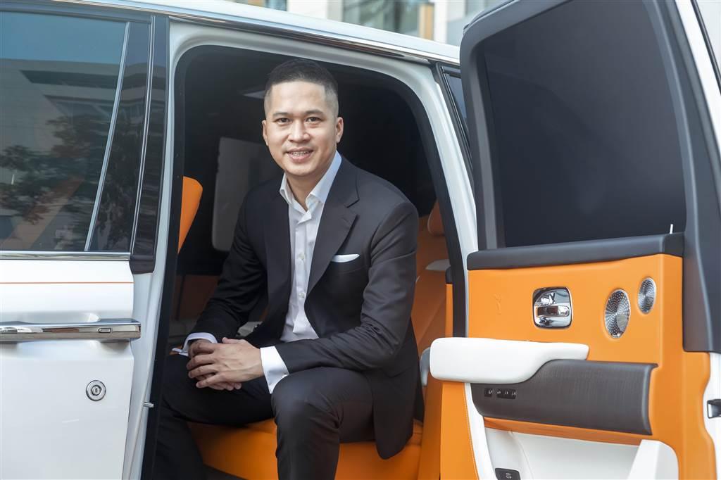 Trần Minh Chí – Giám đốc trung tâm dịch vụ