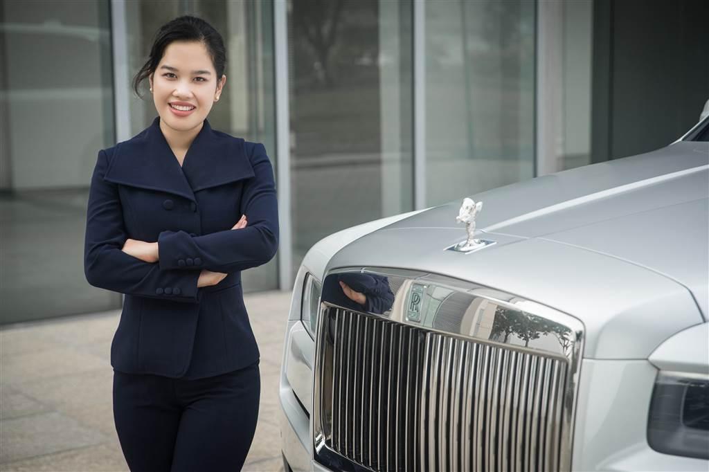 Tú Lê – Giám đốc thương hiệu