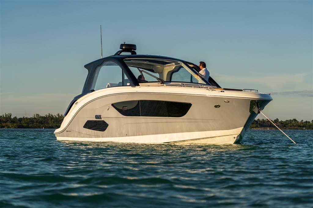 Sundancer 370 Outboard 2021