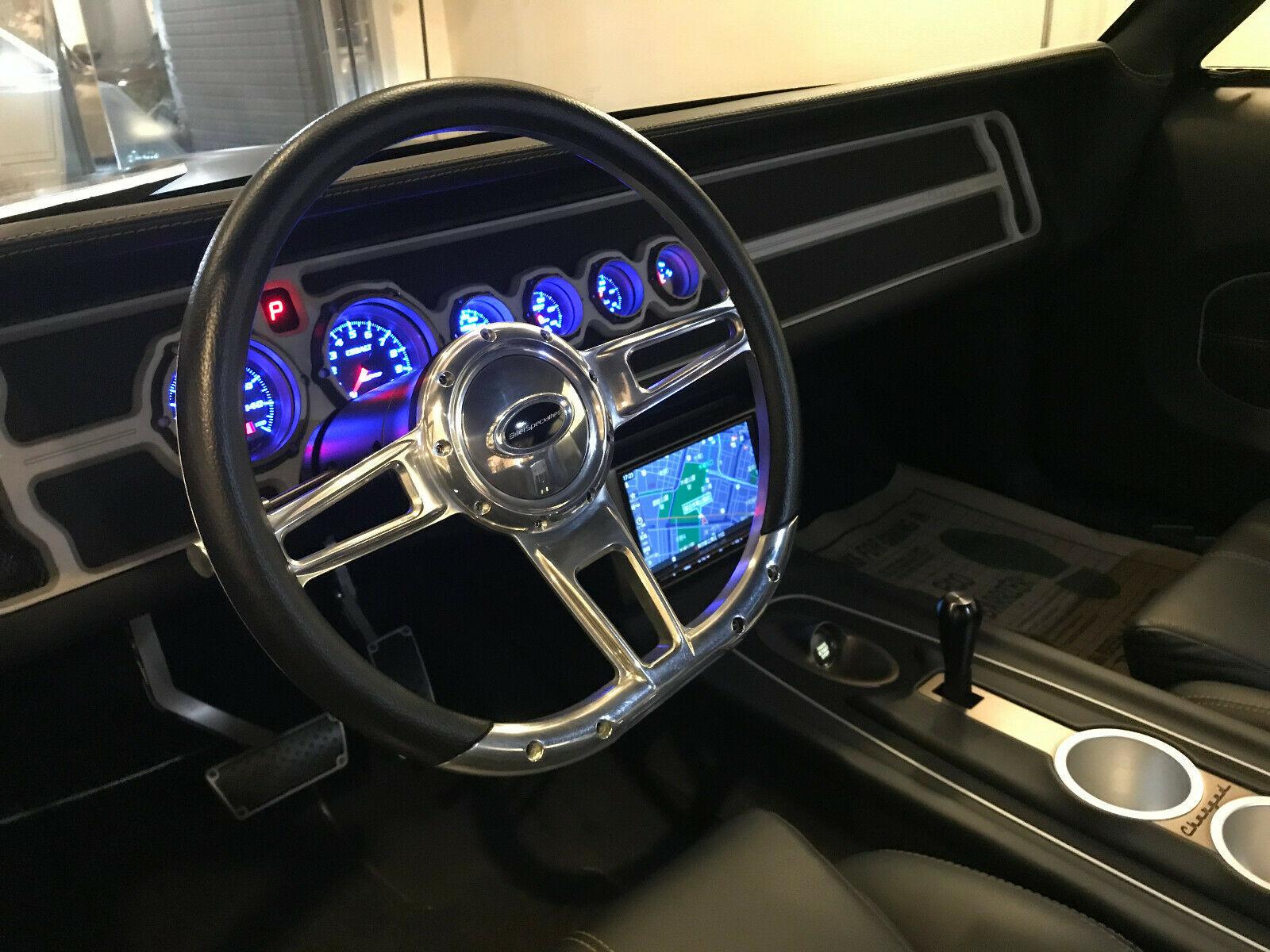 Dodge Charger Restomod 1970 V8