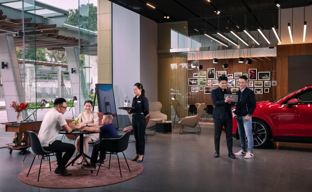Porsche Studio